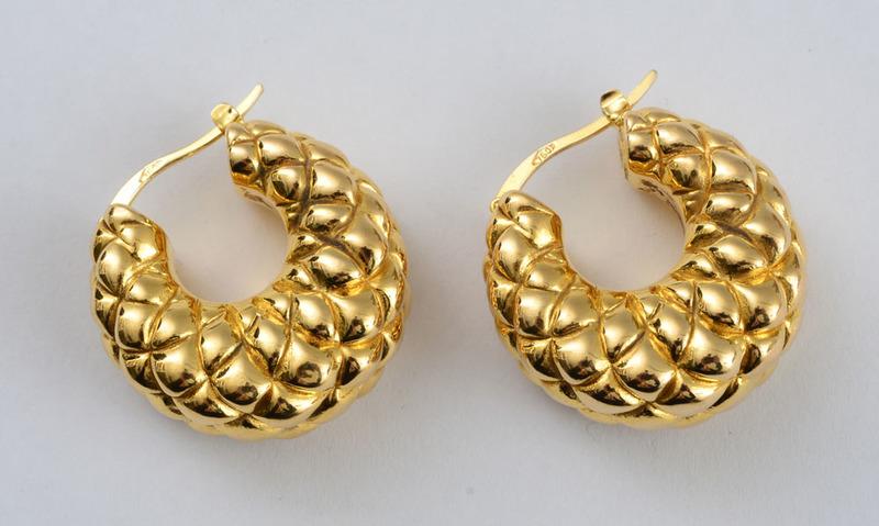 Pair of 18k Gold Hoop Earrings