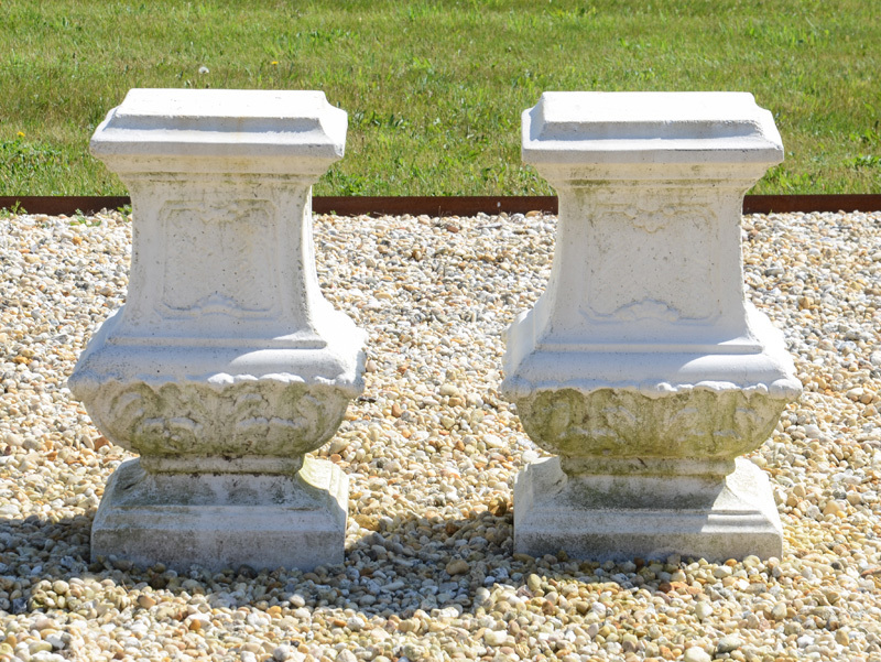 PAIR OF BAROQUE STYLE COMPOSITION PEDESTALS