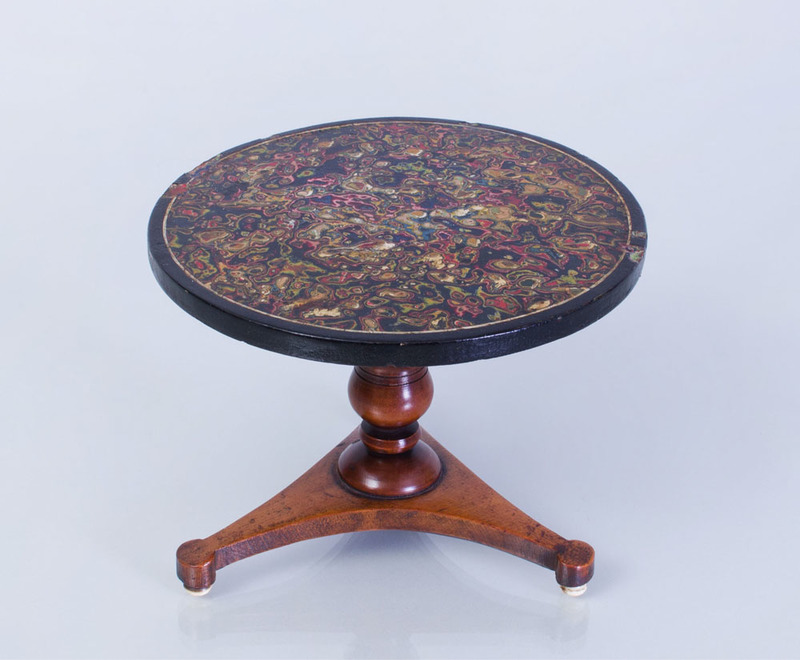 REGENCY MAHOGANY AND MARBLEIZED MINIATURE BREAKFAST TABLE
