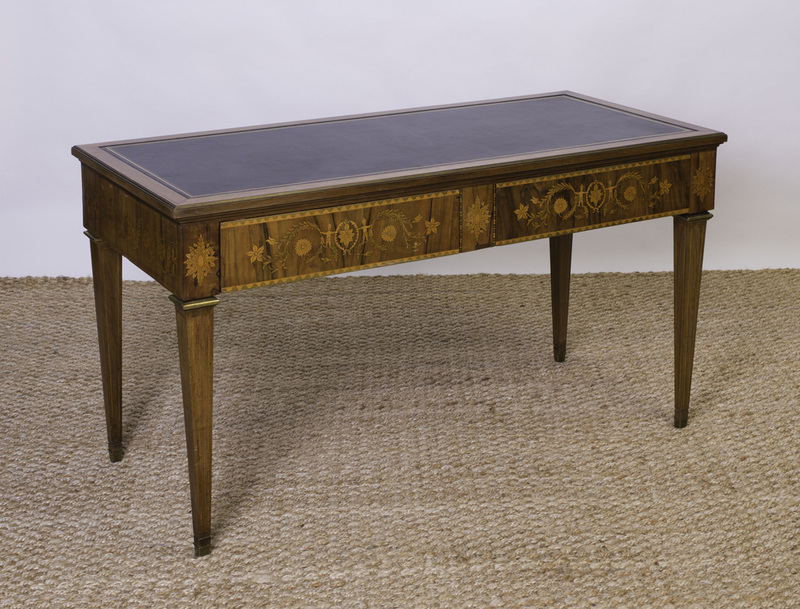 LOUIS XVI STYLE BRASS-MOUNTED WALNUT AND FRUITWOOD MARQUETRY BUREAU PLAT