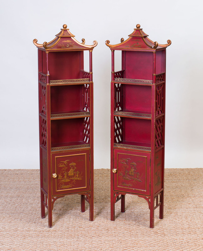 PAIR OF GEORGE III STYLE PAINTED COMPOSITION PAGODA-FORM BOOK SHELVES, MODERN