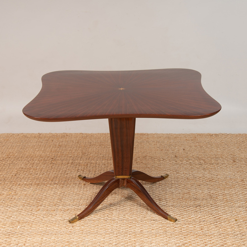 ITALIAN GILT-BRONZE-MOUNTED MAHOGANY AND ROSEWOOD PEDESTAL TABLE, AND FOUR SIMILAR SIDE CHAIRS