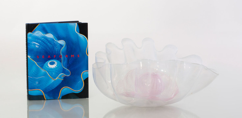 DALE CHIHULY (b. 1941): THREE PIECE SEAFORM