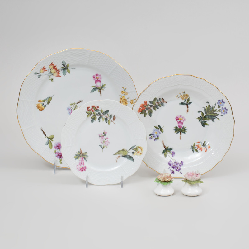 Herend Porcelain Part Service Decorated with Flower Sprays