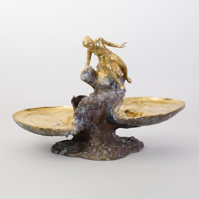 Auguste Ledru Art Nouveau Gilt-Bronze Figural Centerpiece