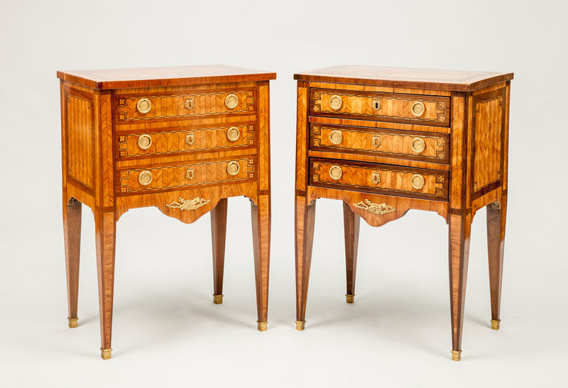 Two Louis XVI Style Ormolu-Mounted Kingwood and Tulipwood Parquetry Tables en Chiffonnière, Late 19th Century