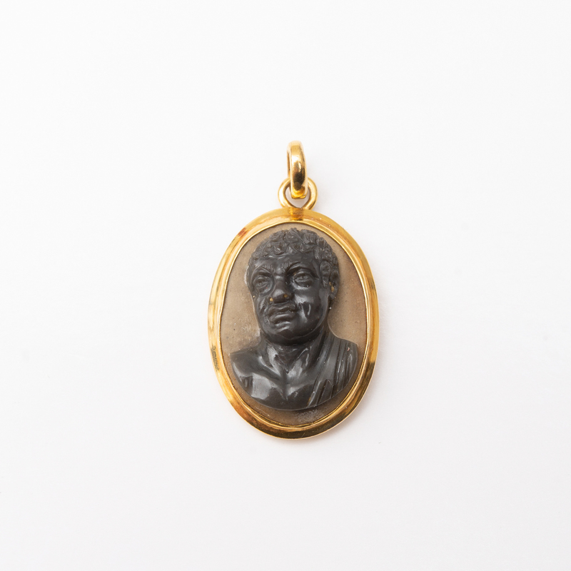 14k Gold and Hardstone Cameo Pendant