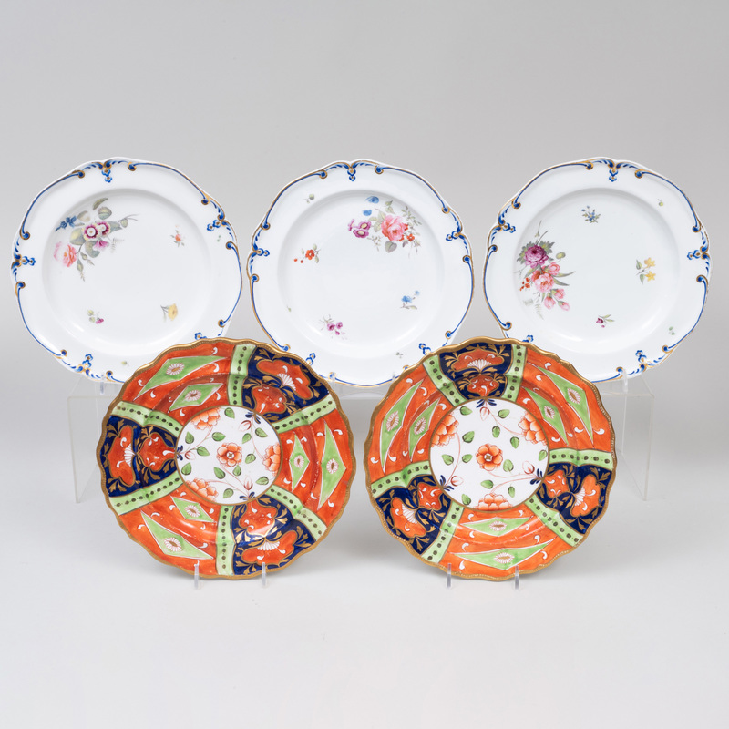 Set of Three Derby Porcelain Plates and a Pair of English Imari Porcelain Plates