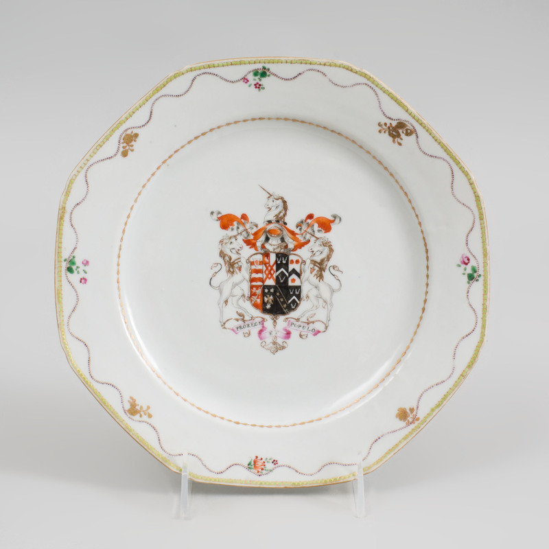Chinese Export Porcelain Octagonal Armorial Plate