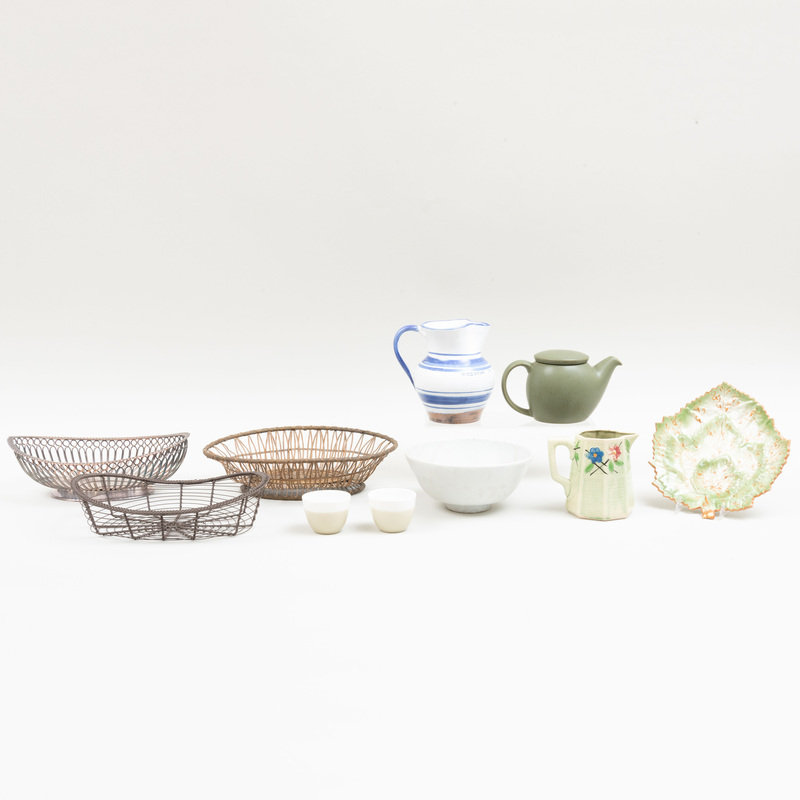 Miscellaneous Kitchen Table Articles