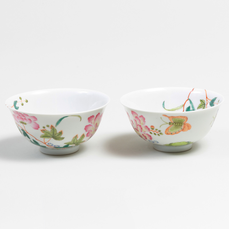 Pair of Chinese Porcelain Butterflies and Peonies Rose Bowls
