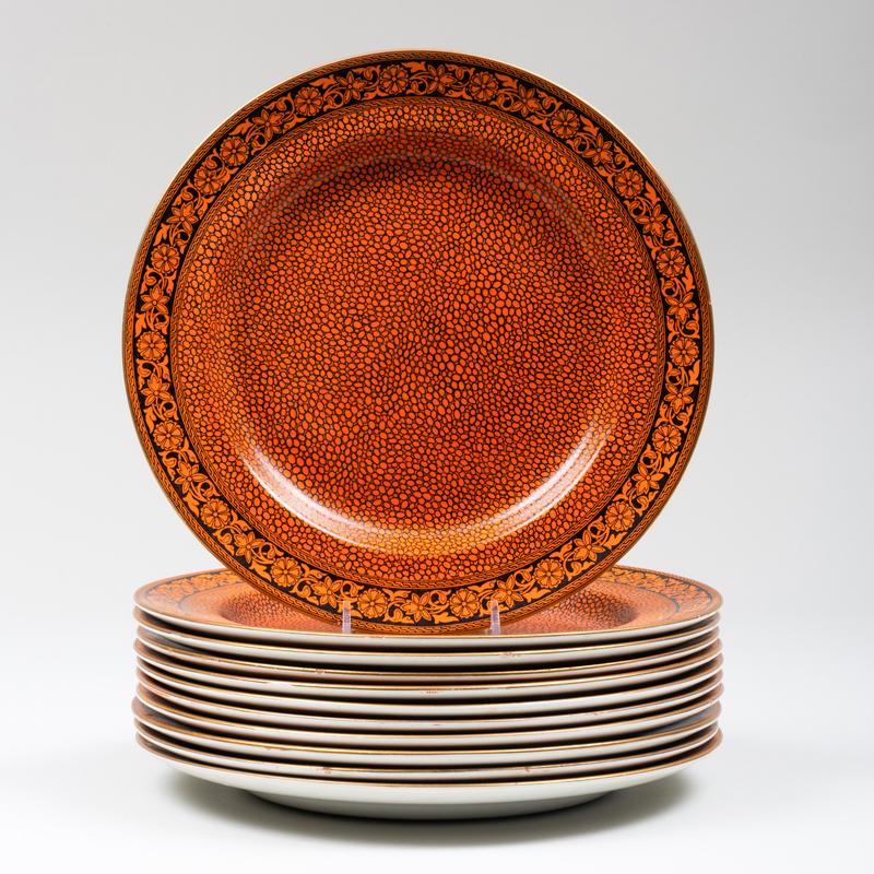Set of Eleven Mason's Ironstone 'Faux Shagreen' Dinner Plates