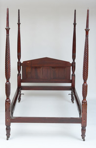 FEDERAL CARVED MAHOGANY SPIRAL-TWIST FOUR-POST BEDSTEAD, C. 1815