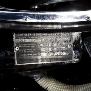 1967 MERCEDES BENZ 250 SE CABRIOLET