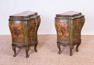 PAIR OF ITALIAN ROCOCO STYLE PAINTED AND PARCEL-GILT PETITE COMMODES