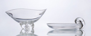 STEUBEN GLASS TRILLIUM BOWL AND AN OLIVE DISH