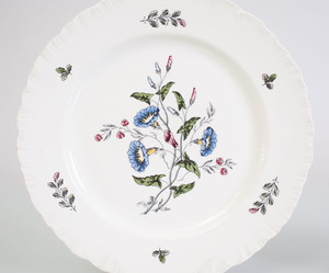 WEDGWOOD PORCELAIN PART SERVICE IN THE 'WILLIAMSBURG WILD FLOWERS' PATTERN