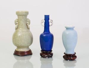 THREE CHINESE PORCELAIN GLAZED VASES