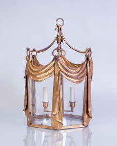 PAINTED AND PARCEL-GILT TÔLE HALL LANTERN