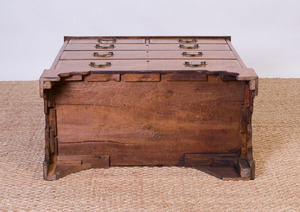 GEORGE I STYLE BURL WALNUT CHEST OF DRAWERS