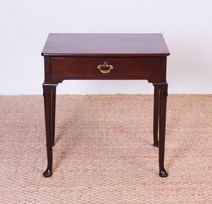 GEORGE II MAHOGANY SIDE TABLE