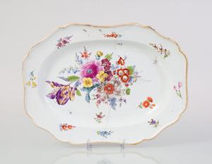 MEISSEN PORCELAIN PLATTER DECORATED WITH FLOWER SPRAYS