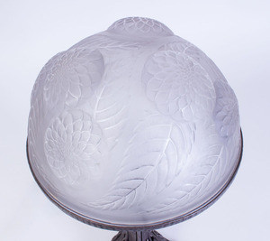 LALIQUE GLASS SHADE MOLDED WITH FLOWERS ON A WROUGHT-IRON BASE