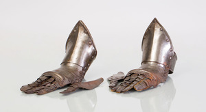PAIR OF STEEL GAUNTLETS
