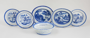 Assembled Group of Canton Blue and White Porcelain 'Willow' Pattern Tablewares