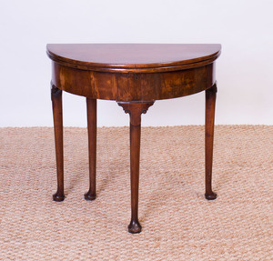 GEORGE I MAHOGANY DEMILUNE GAMES TABLE