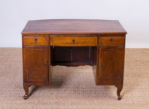 NORTHERN ITALIAN NEOCLASSICAL STYLE INLAID WALNUT AND FRUITWOOD KNEEHOLE DESK