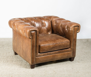 TUFTED-LEATHER CLUB CHAIR