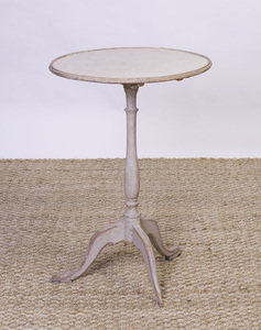 SWEDISH ROCOCO STYLE PAINTED CANDLESTAND