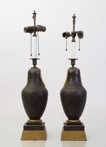 PAIR OF EGYPTIAN REVIVAL STYLE TÔLE-PEINTE CANOPIC JAR-FORM LAMPS