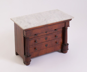 FRENCH MINIATURE MAHOGANY MODEL OF A COMMODE