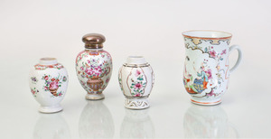 GROUP OF FOUR CHINESE EXPORT PORCELAIN TEA CADDIES