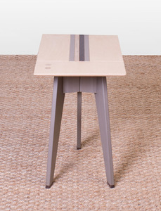 LAMINATED WOOD SIDE TABLE, OF RECENT MANUFACTURE