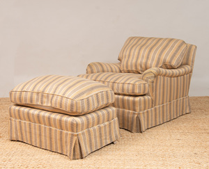 PAIR OF UPHOLSTERED CLUB CHAIRS WITH MATCHING OTTOMANS