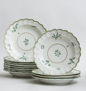 SET OF TWELVE CHINESE EXPORT LOBED SOUP PLATES