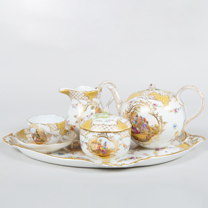 Meissen Style Yellow Ground Porcelain Solitaire Five Piece Tea Set