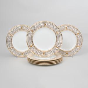Set of Ten Wedgwood Porcelain Gilt-Decorated Dinner Plates