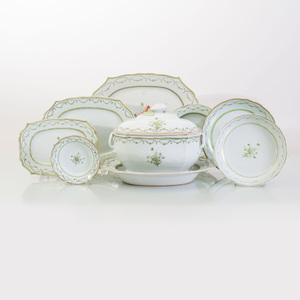 Chinese Export Porcelain Part Service