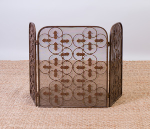 ARTS AND CRAFTS STYLE BRASS FIRE SCREEN