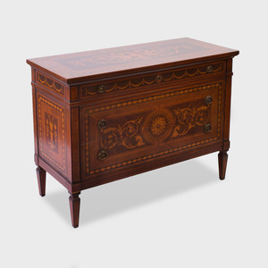 Italian Neoclassical Style Mahogany and Fruitwood Marquetry Chest of Drawers, of Recent Manufacture