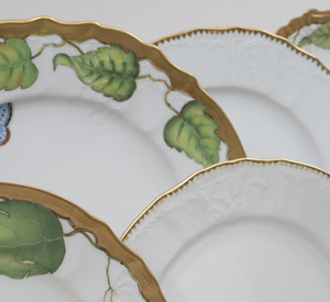 Anna Weatherly Porcelain Part Service in the 'Ivy Garland' and in the 'Simply Anna' Pattern