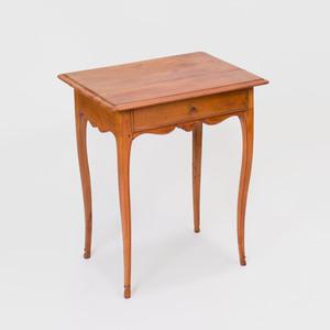 Louis XV Fruitwood Table à Écrire