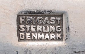 FRIGAST SILVER 88-PIECE FLATWARE SERVICE