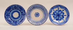 Group of Five Tin-Glazed Earthenware Blue and White Plates