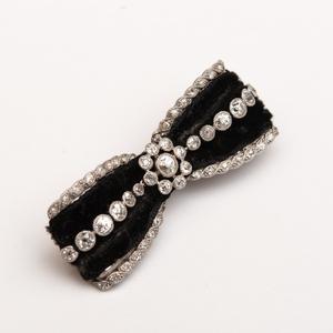 Edwardian Platinum and Diamond Black Velvet Barrette