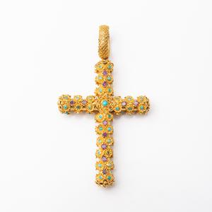 Georgian 14k Gold Filigree Cross Pendant